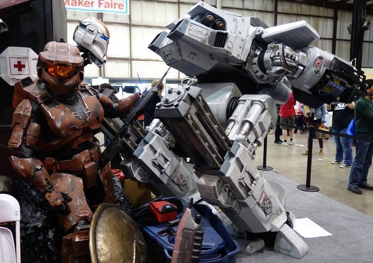 Robocop_ED209_and_Master_Chief_at_MakerFaire_2014
