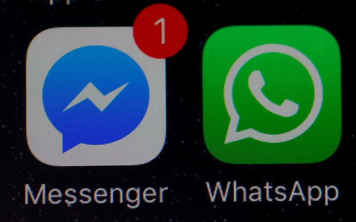 WhatsApp and Facebook messenger icons are seen on an iPhone in Manchester , Britain March 27, 2017. REUTERS/Phil Noble - RTX32Y13