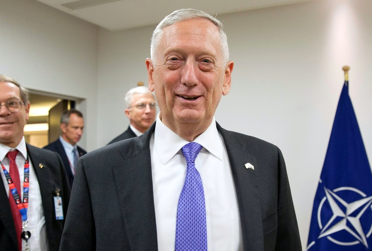 U.S. Secretary of Defense James Mattis arrives to attend a NATO defence ministers meeting at the Alliance headquarters in Brussels, Belgium, June 29, 2017. REUTERS/Virginia Mayo/Pool - RTS1933Y