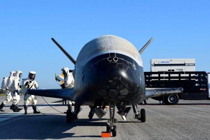 The U.S. Airforce's X-37B Orbital Test Vehicle mission 4 after landing at NASA's Kennedy Space Center Shuttle Landing Facility in Cape Canaveral, Florida, U.S., May 7, 2017.  U.S. Air Force/Handout via REUTERS  ATTENTION EDITORS - THIS IMAGE WAS PROVIDED BY A THIRD PARTY. EDITORIAL USE ONLY.     TPX IMAGES OF THE DAY - RC19E3EDB900
